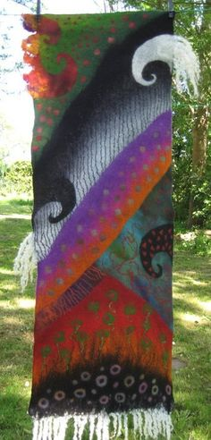 Gallery.ru / Фото #188 - FELT PANELS & PICTURES II - renew Picnic Blanket, Outdoor Blanket, Wet Felting Projects, Felt Wall Hanging, Felt Art, Art Techniques, Projects To Try, Felt Projects, Fiber Art