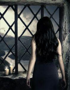 """Imagen de la artista """"Fernanda Brussi"""" elegida para realizar las portadas de los libros de la Saga Fallen de Lauren Kate!"""