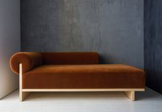 Moving Mountains chaise lounge