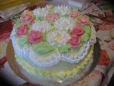 Розочки для тортов из крема с фото