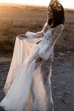 Polka Dot Long Sleeve Boho Wedding Dresses Lace Bohemian Backless Wedding Gowns - New ideas Rustic Wedding Gowns, Western Wedding Dresses, Bohemian Wedding Dresses, Long Wedding Dresses, Bridal Dresses, Dress Wedding, Maxi Dresses, Lace Wedding, Polka Dot Wedding Dress