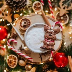 Christmas Is Coming, Christmas Candy, Christmas Decorations, Xmas, Christmas Ornaments, Holiday Decor, Cosy Winter, Winter Images, Bank Holiday