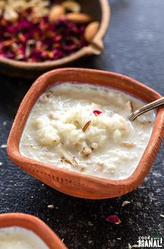 Classic Indian Rice pudding made with rice, sugar, milk and flavored with cardamom, nuts and touch of rose water. This creamy pudding is one of the most popular Indian desserts! Indian Desserts, Indian Dishes, Indian Food Recipes, Healthy Recipes, Ethnic Recipes, African Recipes, Healthy Food, Cooking Recipes, Arab Rice