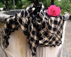 Scialle-kefiah DAMIÈ in lana e seta. Tessuto a mano. di BLEUPOMdesign su Etsy