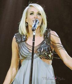 Happy birthday Carrie Underwood!!!