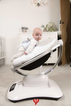 babocush - Relieves babies from wind, colic and reflux The babocush helps prevent colic by holding your baby securely just like you do and has the extra comfort of a gentle vibration and heartbeat sound.#ParentingTips #NewBorn #BabyShowerGifts #BabyColic #BabyReflux<br> Reflux Baby, Colic Baby, Baby Gadgets, Iphone Gadgets, After Baby, Baby Arrival, Pregnant Mom, Baby Needs, Baby Hacks