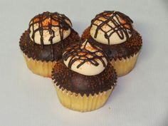 We're taking some of your favorite flavors and putting them in Awesome Cupcake form! Our latest cupcake, the Dark Chocolate Orange Dreamsicle is an Orange flavored cake dipped in Chocolate Ganache topped with an Orange flavored buttercream, drizzled Chocolate Ganache, and Orange sanding sugar. Just like our cakes, they're nearly too pretty to eat...nearly ! #cupcakedesign #cupcakedecorating #cupcakes