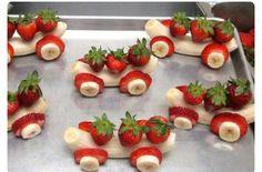 Banana and strawberries car - fun fruits for kids