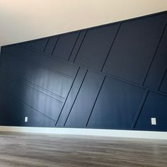 Feature Wall Bedroom, Accent Walls In Living Room, Accent Wall Bedroom, Feature Wall Design, Wood Accent Walls, Black Feature Wall, Black Accent Walls, Accent Wall Designs, Rm 1