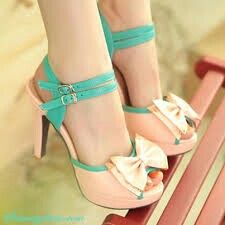 Cute fawn and blue heels with vie