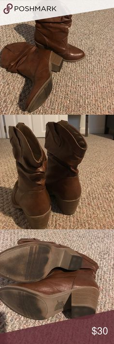 Brown Mudd cowgirl boots Brown boots with small heel! Country Chic! Mudd Shoes Heeled Boots
