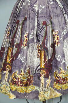 novelty print / 1950s skirt / cotton / by PrettyLittleWorldVtg