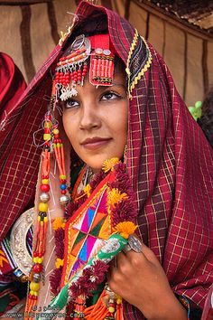 Africa: Libyan Berber girl photographed during the Daraj Festival | © Ibrahim Omran