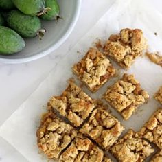 This Feijoa Crumble Slice is the perfect way to celebrate feijoa season! It's a quick easy slice with an oaty base, feijoa filling and a crumble topping that's perfect served as a warm dessert or as a lunchbox snack! Guava Recipes, Kiwi Recipes, Dessert Recipes, Desserts, Crumble Recipe, Crumble Topping, Pineapple Guava, Easy Slice, Cinnamon Oatmeal