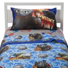 Soar to sleep with the How To Train Your Dragon 2 twin sheet set.