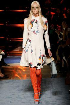 MIU MIU - LE DÉFILÉ PRINTEMPS-ÉTÉ 2014 – FASHION WEEK DE PARIS http://fashionblogofmedoki.blogspot.be