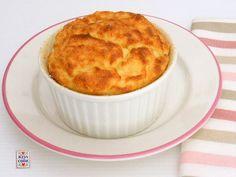Soufflé di patate: può essere un contorno per un arrosto oppure un secondo piatto magari completato da una insalata. Non è un piatto difficile da cucinare.
