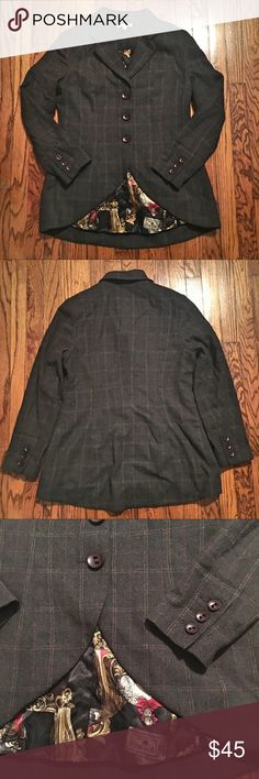 CABI PLAID RIDING JACKET CABI plaid riding equestrian jacket with adorable lining - size 12. Lining carries through sleeves, so it will show if sleeves are rolled up ❤️ very flattering shape! Cinched at waist with longer tail in back. Worn only a few times - great condition. CAbi Jackets & Coats Blazers