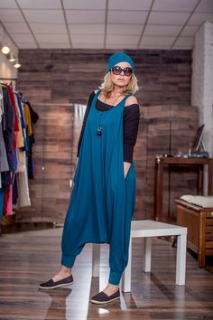 women dresses are readily available on our website. Have a look and you will not be sorry you did. Hijab Fashion, Boho Fashion, Fashion Dresses, Fashion Design, Mode Cool, Diy Clothes, Clothes For Women, Diy Vetement, Couture Sewing