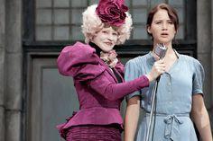 4. 'Ik ga in plaats van mijn zusje' zei Katniss (Op welke bladzijde deze zin stond weet ik niet. Ik moest het boek toen al terugbrengen) Ik vind dit een erg mooie zin omdat ze laat merken dat ze er niet bang voor is. ik vind ik het goed dat ze het opneemt voor haar kleine zusje genaamd; Prim.