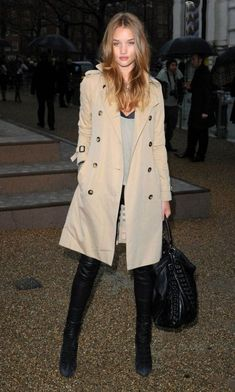 50 Rosie Huntington Whiteley Street Style54