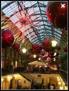 Christmas★ Covent Garden Candy Canes, London