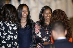 First Lady Michelle Obama, First Daughters Malia & Sasha In Morocco Michelle Obama, Barack Obama Family, Malia Obama, Obama Daughter, First Daughter, Afro, Joe Biden, Durham, Obama Sisters