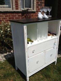 how+to+change+a+dresser+into+a+dry+bar | Beverage Units - Thistle Thatch Designs
