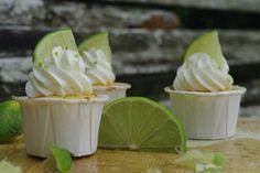Two lemons cupcakes