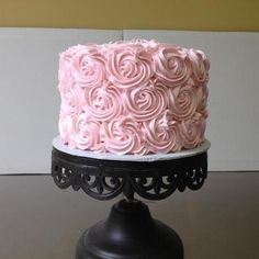 Perfectly simple wedding cake