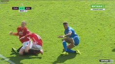 Man U's Ibra elbows a player after his head is stepped on. http://ift.tt/2lIpPU8 Love #sport follow #sports on @cutephonecases