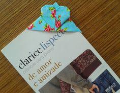 d'incanto: marcador de página, feito em tecido com a técnica do origami!...