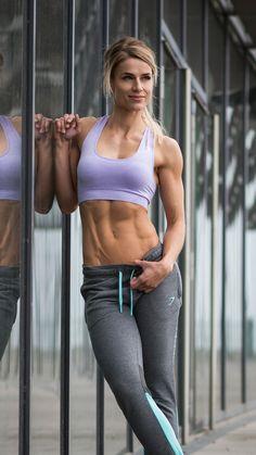 Seamless Evolution. Gymshark Athlete, Adrienne Koleszár.