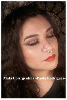 Viernes! #MOTD ultra glam Pueden verlo en acción siguiendo el link y también la lista de productos! Saludos! http://youtu.be/Mc3Gq0N2xfk #MakeUpArgentina #maquillajeprofesional