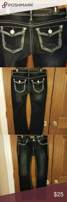 Day-trip jeans Leo bootcut fits like a 27, 30 inch inseam , brand new condition Daytrip Jeans Boot Cut