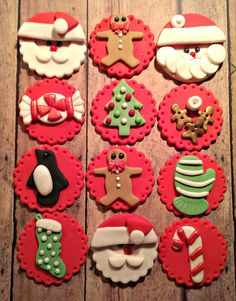 Christmas Fondant Cupcake, Cake, Cookie Toppers. Set includes 12 (one dozen) - http://www.amazon.de/dp/B0126QJWPE http://www.amazon.co.uk/dp/B0126QJWPE                                                                                                                                                                                 Mehr