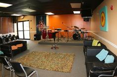 cool youth church rooms | Cool Youth Church Rooms | Pretty cool. | Youth Group Room Ideas