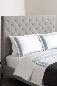 W Hotel Borders Glacier Blue/White Bedding//