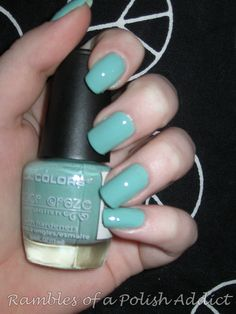 la colors: meadow - love this color.  Wearing it now and want to paint walls this color now!