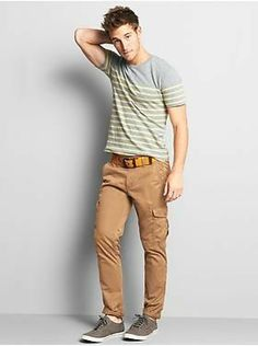 Love the shirt and shoes!!