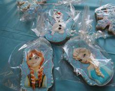 minnie mouse cookies 12 by Ladybugcakesdotcom on Etsy