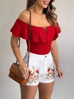 Crop Top Outfits, Sporty Outfits, Chic Outfits, Love Pink Clothes, Girls Fashion Clothes, Elegant Summer Outfits, Summer Fashion Outfits, Cute Cowgirl Outfits, Classy Casual