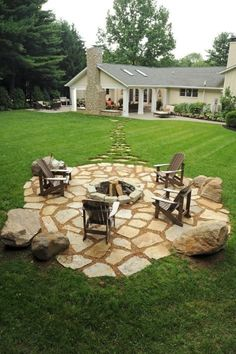 via via Are you spending as much time as possible outdoors this Summer? Soaking up that heat and sunshine? via via Do you have a special place in your backyard to rest and relax? I have been saving…