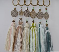 Borlas decorativas para puertas o cortinas realizadas de for Cortinas decorativas