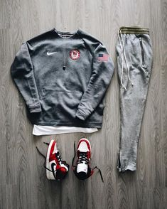 Sports outfit combination by Komplette Outfits, Cool Outfits, Casual Outfits, Men Casual, Fashion Outfits, Fashion Deals, Hype Clothing, Mens Clothing Styles, Urban Fashion