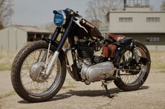 Royal Enfield Classic Bullet 500 Today's feature is the creation of British motorcycle fabricator OEM Motorcycles a custom Royal Enfield Classic Bullet 500 AKA 'Fox'. OEM Motorcycles specialize in the design and creation of handmade motorcycles, parts and attire.