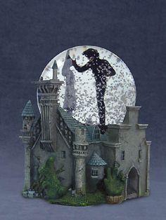 Edward Scissorhands Snow globe