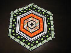 Quilt Inspiration: Free Pattern Day: Halloween Holiday Quilt Patterns, Halloween Quilt Patterns, Halloween Quilts, Halloween Fabric, Block Patterns, Sewing Patterns, Halloween Sewing, Halloween Embroidery, Halloween Bags