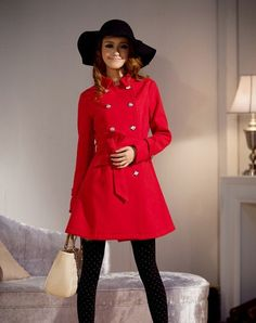 Hotting red turn-down collar peacoat cape coat off white fashion show thin coat.