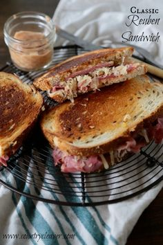 Give this classic Reuben Sandwich a try! If you've never found the perfect Reuben sandwich, your search is officially over! Reuben Sandwich, Soup And Sandwich, Sandwich Recipes, Sandwich Ideas, Alton Brown, Beef Recipes, Cooking Recipes, Irish Recipes, Wrap Recipes